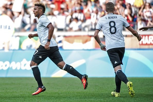 Germany's Serge Gnabry celebrates his goal against Fiji during the Rio 2016 Olympic Games first round Group C men's football match Germany vs Fiji at the Mineirao stadium in Belo Horizonte, Brazil on August 10, 2016. / AFP / GUSTAVO ANDRADE (Photo credit should read GUSTAVO ANDRADE/AFP/Getty Images)