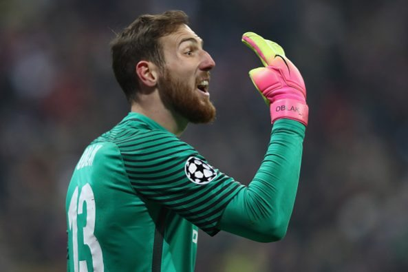 Jan Oblak during the UEFA Champions League match between FC Bayern Muenchen and Club Atletico de Madrid at Allianz Arena on December 6, 2016 in Munich, Bavaria.