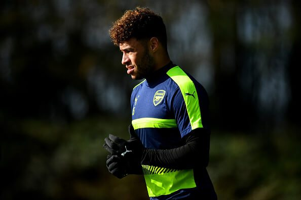 ST ALBANS, ENGLAND - MARCH 06: Alex Oxlade Chamberlain arrives prior to the Arsenal traing session at London Colney on March 6, 2017 in St Albans, England. (Photo by Dan Mullan/Getty Images)