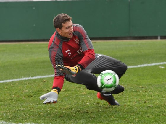 SYDNEY, AUSTRALIA - JULY 12: Emiliano Martinez of Arsenal during a training session at the Koraragh Oval on July 12, 2017 in Sydney, New South Wales. (Photo by Stuart MacFarlane/Arsenal FC via Getty Images)