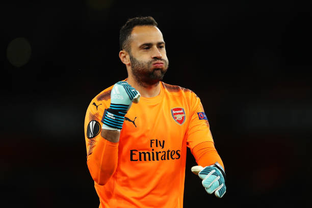 LONDON, ENGLAND - SEPTEMBER 14: David Ospina of Arsenal celebrates after Hector Bellerin of Arsenal scored the 3rd arsenal goal during the UEFA Europa League group H match between Arsenal FC and 1. FC Koeln at Emirates Stadium on September 14, 2017 in London, United Kingdom. (Photo by Richard Heathcote/Getty Images)