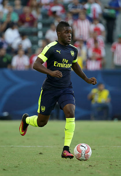 CARSON, CA - JULY 31: Joel Campbell #28 of Arsenal in action against Chivas de Guadalajara at StubHub Center on July 31, 2016 in Carson, California. (Photo by Jeff Gross/Getty Images)