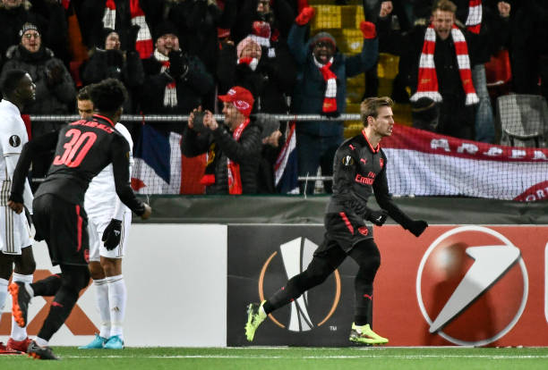 Arsenal's Nacho Monreal (R) celebrates after scoring the 0-1 during the UEFA Europa League round of 32, first leg football match of Ostersund FK vs Arsenal FC on February 15, 2018 in Ostersund, Sweden. / AFP PHOTO / TT NEWS AGENCY / Robert HENRIKSSON / Sweden OUT