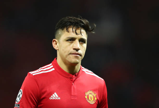 MANCHESTER, ENGLAND - MARCH 13: Alexis Sanchez of Manchester United looks dejected in defeat after the UEFA Champions League Round of 16 Second Leg match between Manchester United and Sevilla FC at Old Trafford on March 13, 2018 in Manchester, United Kingdom. (Photo by Clive Mason/Getty Images)
