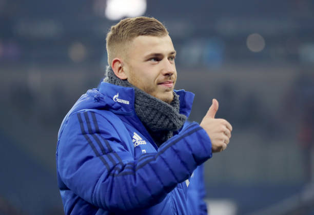 GELSENKIRCHEN, GERMANY - MARCH 03: Max Meyer of Schalke looks on prior to the Bundesliga match between FC Schalke 04 and Hertha BSC at Veltins-Arena on March 3, 2018 in Gelsenkirchen, Germany. (Photo by Christof Koepsel/Bongarts/Getty Images)