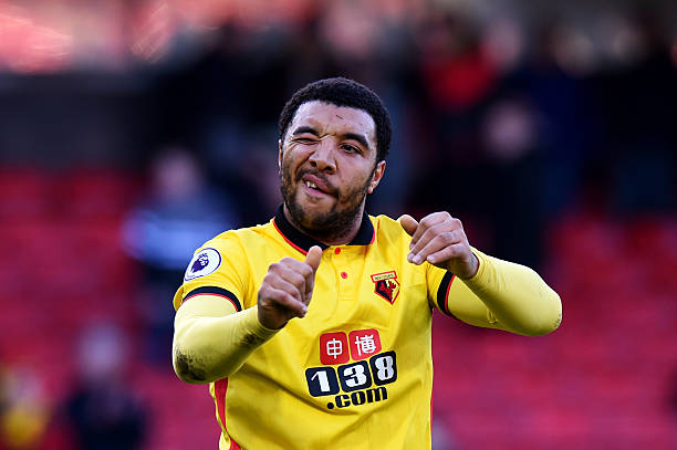 WATFORD, ENGLAND - DECEMBER 26: Troy Deeney of Watford applauds the fans after the Premier League match between Watford and Crystal Palace at Vicarage Road on December 26, 2016 in Watford, England. (Photo by Tony Marshall/Getty Images)