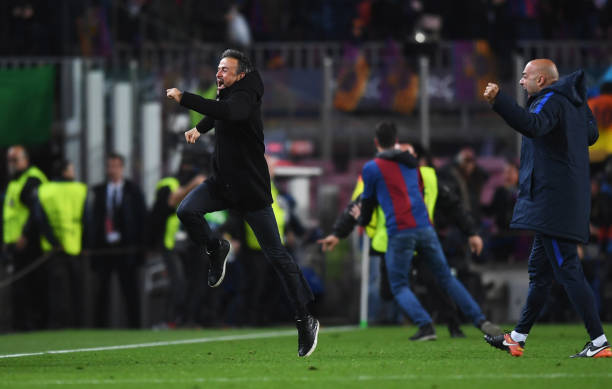 BARCELONA, SPAIN - MARCH 08: Luis Enrique manager of Barcelona celebrates as Sergi Roberto of Barcelona scores their sixth goal during the UEFA Champions League Round of 16 second leg match between FC Barcelona and Paris Saint-Germain at Camp Nou on March 8, 2017 in Barcelona, Spain. (Photo by Michael Regan/Getty Images)