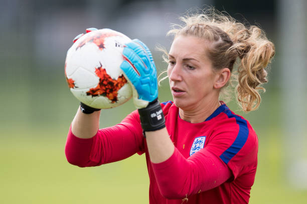 UTRECHT, NETHERLANDS - AUGUST 02: Siobhan Chamberlain of England warms up during the England Training Session at Sporting 70 on August 2, 2017 in Utrecht, Netherlands. (Photo by Maja Hitij/Getty Images)
