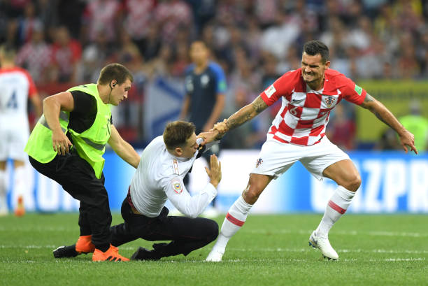 MOSCOW, RUSSIA - JULY 15: Dejan Lovren of Croatia confronts a pitch during the 2018 FIFA World Cup Final between France and Croatia at Luzhniki Stadium on July 15, 2018 in Moscow, Russia. (Photo by Shaun Botterill / Getty Images)