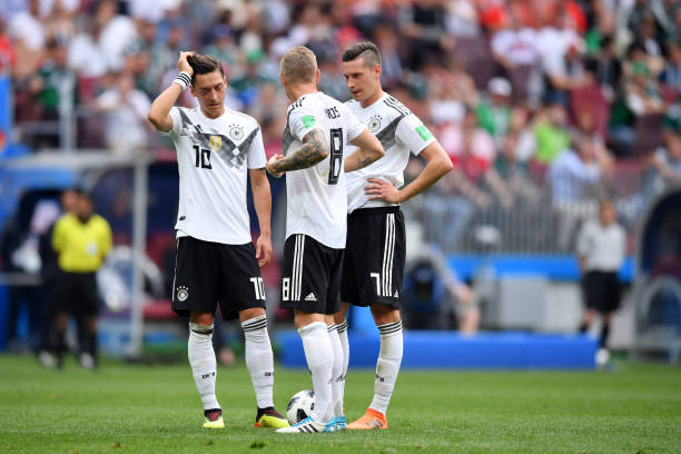 MOSCOW, RUSSIA - JUNE 17: Germany players show their dejection following Mexico's first goal during the 2018 FIFA World Cup Russia group F match between Germany and Mexico at Luzhniki Stadium on June 17, 2018 in Moscow, Russia. (Photo by Hector Vivas/Getty Images)