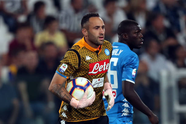 TURIN, ITALY - SEPTEMBER 29: David Ospina of SSC Napoli during the Srie A match between Juventus and SSC Napoli at Allianz Stadium on September 29, 2018 in Turin, Italy. (Photo by Gabriele Maltinti/Getty Images )