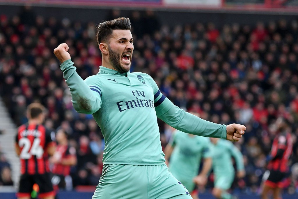 BOURNEMOUTH, ENGLAND - NOVEMBER 25: Sead Kolasinac of Arsenal celebrates his team's second goal during the Premier League match between AFC Bournemouth and Arsenal FC at Vitality Stadium on November 25, 2018 in Bournemouth, United Kingdom. (Photo by Dan Mullan/Getty Images)