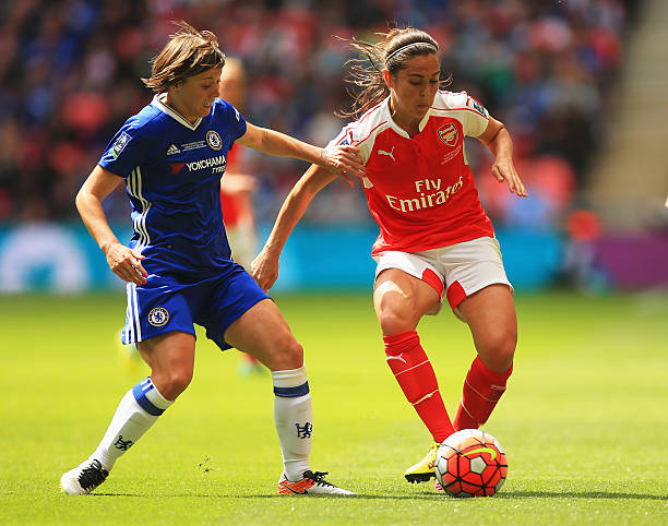 LONDON, UNITED KINGDOM - MAY 14: Fara Williams of Arsenal holds off Fran Kirby of Chelsea during the SSE Women's FA Cup Final between Arsenal Ladies and Chelsea Ladies at Wembley Stadium on May 14, 2016 in London, England. (Photo by Ben Hoskins/Getty Images)