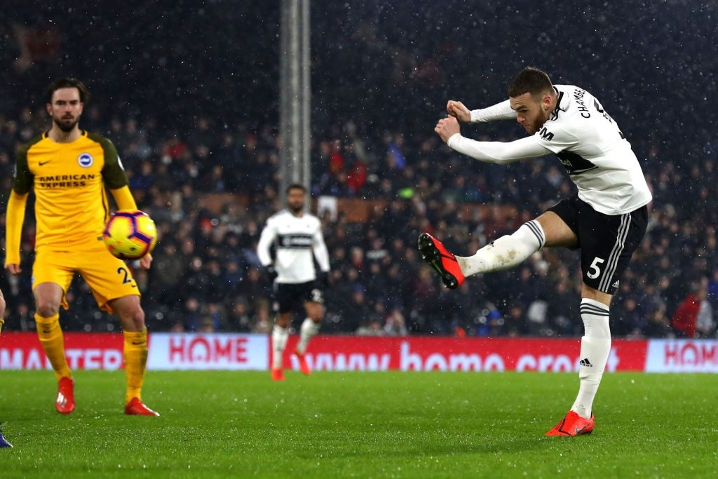 LONDON, ENGLAND - JANUARY 29: Calum Chambers of Fulham scores his team's first goal during the Premier League match between Fulham and Brighton & Hove Albion at Craven Cottage on January 29, 2019 in London, United Kingdom. (Photo by Clive Rose/Getty Images)