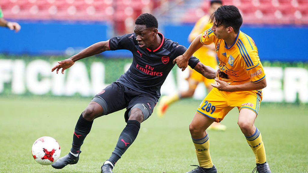Folarin Balogun playing for Arsenal in the 2018 Dallas Cup (Photo via Arsenal.com)