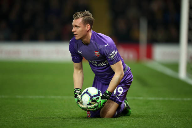 WATFORD, ENGLAND - APRIL 15: Bernd Leno of Arsenal gathers the ball during the Premier League match between Watford FC and Arsenal FC at Vicarage Road on April 15, 2019 in Watford, United Kingdom. (Photo by Marc Atkins/Getty Images)