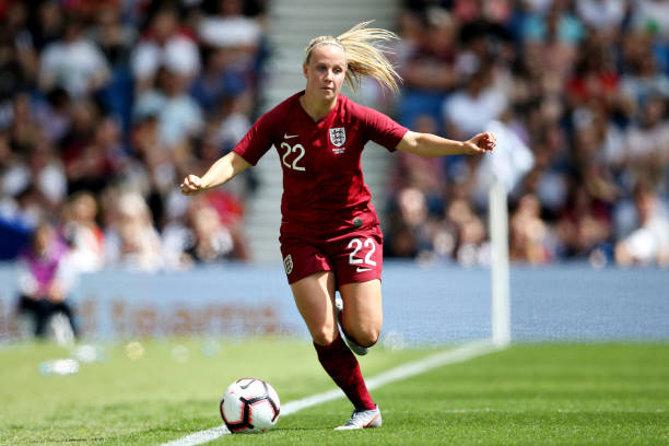 BRIGHTON, ENGLAND - JUNE 01: Beth Mead of England Women dribbles the ball during the International Friendly between England Women and New Zealand Women at Amex Stadium on June 01, 2019 in Brighton, England. (Photo by Steve Bardens/Getty Images)