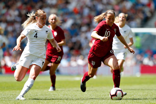 BRIGHTON, ENGLAND - JUNE 01: Fran Kirby of England Women (R) is challenged by CJ Bott of New Zealand Women during the International Friendly between England Women and New Zealand Women at Amex Stadium on June 01, 2019 in Brighton, England. (Photo by Luke Walker/Getty Images)