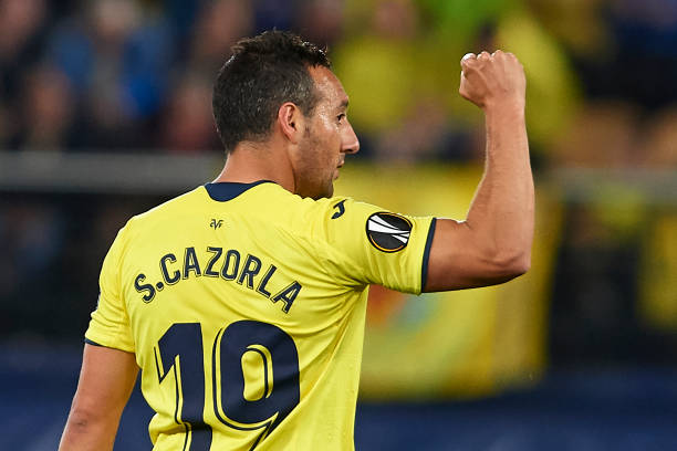 VILLAREAL, SPAIN - APRIL 11: Santi Cazorla of Villarreal CF celebrates after scoring his team's first goal during the UEFA Europa League Quarter Final First Leg match between Villarreal and Valencia at Estadio de la Ceramica on April 11, 2019 in Villareal, Spain. (Photo by Fotopress/Getty Images)