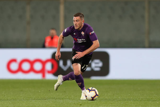 FLORENCE, ITALY - APRIL 29: Jordan Veretout of ACF Fiorentina during the Serie A match between ACF Fiorentina and US Sassuolo at Stadio Artemio Franchi on April 29, 2019 in Florence, Italy.  (Photo by Gabriele Maltinti/Getty Images)