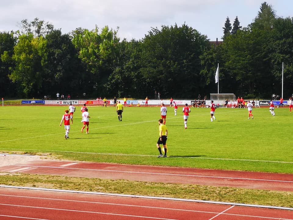 Arsenal playing in the u17 Bundesliga Cup against FC Köln (Photo via Facebook / u17-Bundesliga Cup)