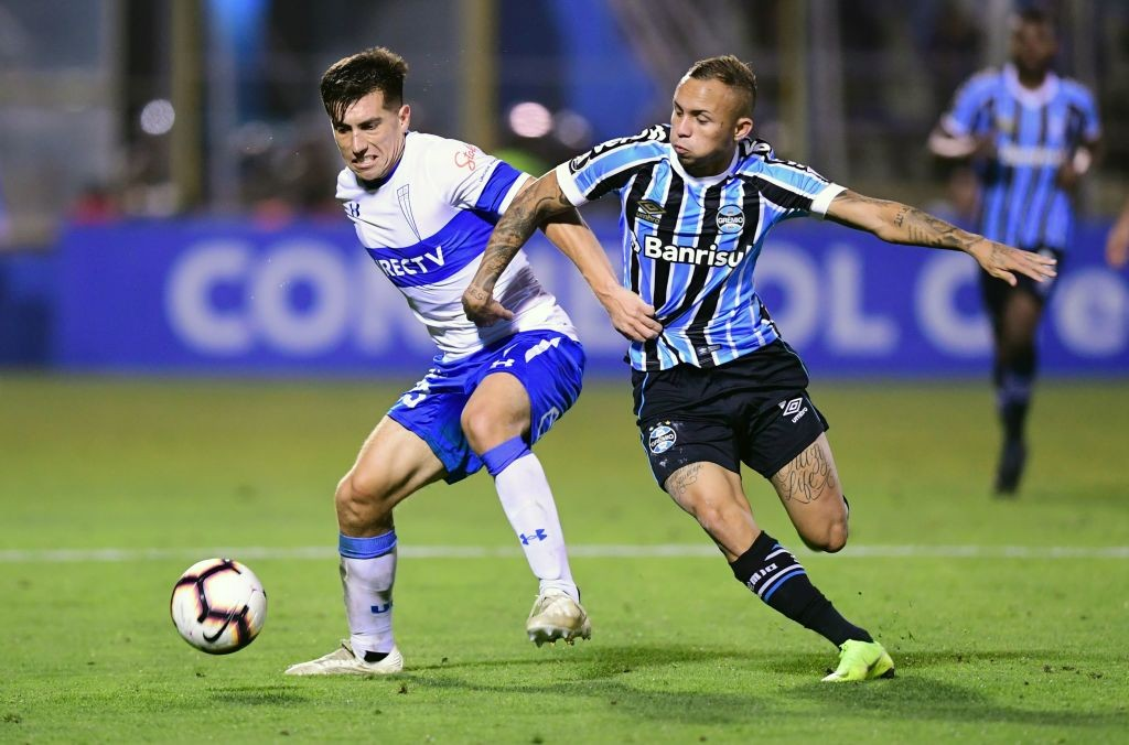Arsenal Prepare 40m Offer For Gremio S Everton Soares