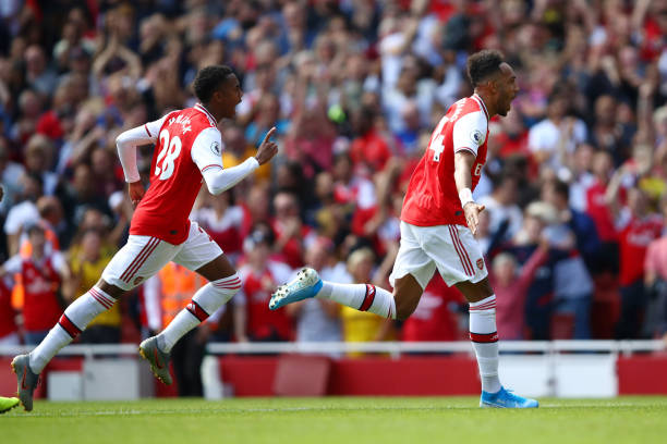 LONDON, ENGLAND - AUGUST 17: Pierre-Emerick Aubameyang of Arsenal celebrates after scoring his team's second goal during the Premier League match between Arsenal FC and Burnley FC at Emirates Stadium on August 17, 2019 in London, United Kingdom. (Photo by Julian Finney/Getty Images)