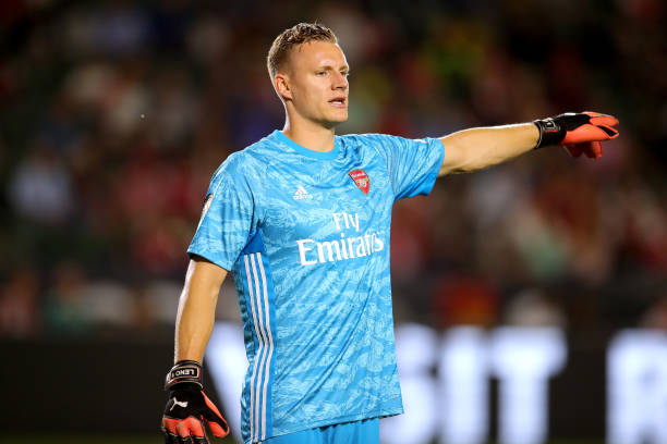 CARSON, CALIFORNIA - JULY 17: Bernd Leno of Arsenal London gives instructions during the 2019 International Champions Cup match between Arsenal London and FC Bayern Muenchen at Dignity Health Sports Park on July 17, 2019 in Carson, California. (Photo by Alexander Hassenstein/Bongarts/Getty Images)