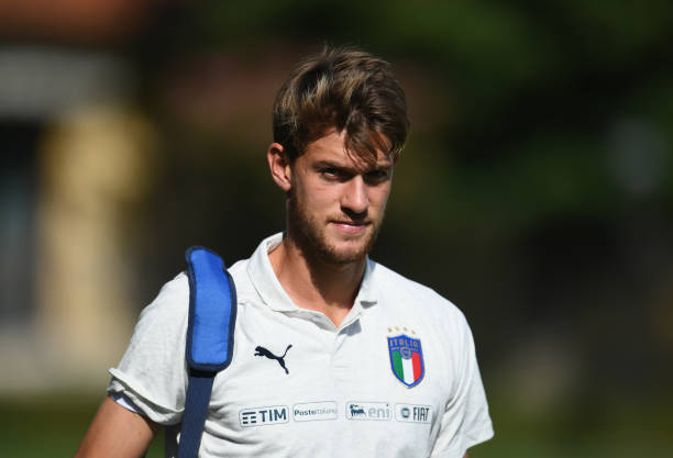 FLORENCE, ITALY - SEPTEMBER 03: Daniele Rugani of Italy looks on prior to the Italy training session at Centro Tecnico Federale di Coverciano on September 3, 2018 in Florence, Italy. (Photo by Claudio Villa/Getty Images)
