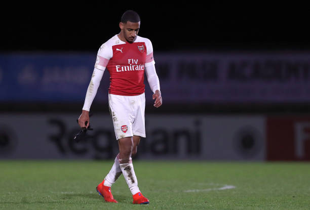 BOREHAMWOOD, ENGLAND - MARCH 04: Dominic Thompson of Arsenal walks off dejected after the Premier League 2 match between Arsenal and Swansea City at Meadow Park on March 04, 2019 in Borehamwood, England. (Photo by James Chance/Getty Images)