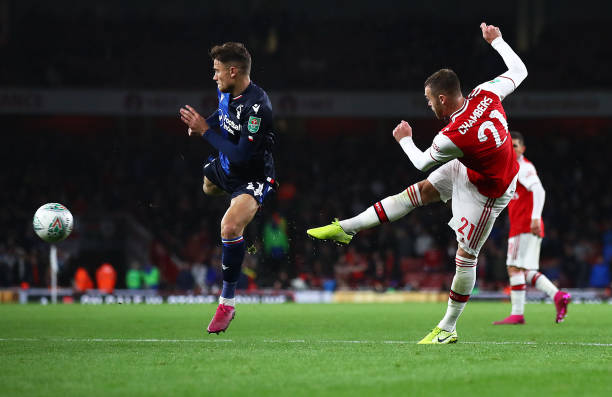 LONDON, ENGLAND - SEPTEMBER 24: Calum Chambers of Arsenal shoots at goal during the Carabao Cup Third Round match between Arsenal and Nottingham Forest at Emirates Stadium on September 24, 2019 in London, England. (Photo by Julian Finney/Getty Images)