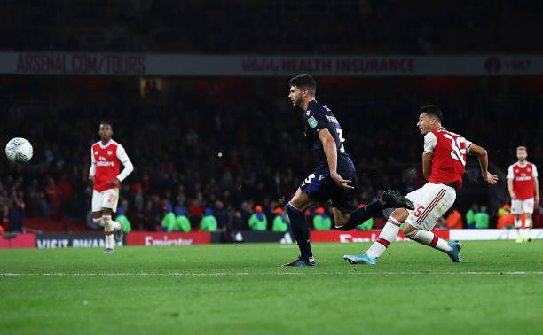 LONDON, ENGLAND - SEPTEMBER 24: Gabriel Martinelli of Arsenal scores the fifth goal during the Carabao Cup Third Round match between Arsenal and Nottingham Forest at Emirates Stadium on September 24, 2019 in London, England. (Photo by Julian Finney/Getty Images)