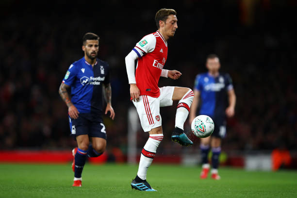 LONDON, ENGLAND - SEPTEMBER 24: Mesut Ozil of Arsenal in action during the Carabao Cup Third Round match between Arsenal FC and Nottingham Forrest at Emirates Stadium on September 24, 2019 in London, England. (Photo by Julian Finney/Getty Images)