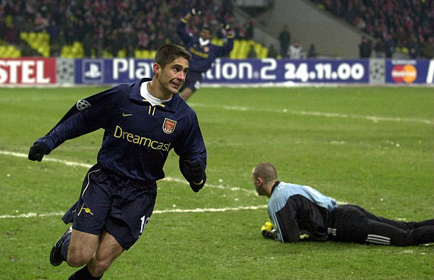 22 Nov 2000: Silvinho of Arsenal celebrates after he scores the opening goal during the Spartak Moscow v Arsenal Champions League match at the Luzhniki Stadium, Moscow, Russia. Digital Image. Credit: Ross Kinnaird/ALLSPORT