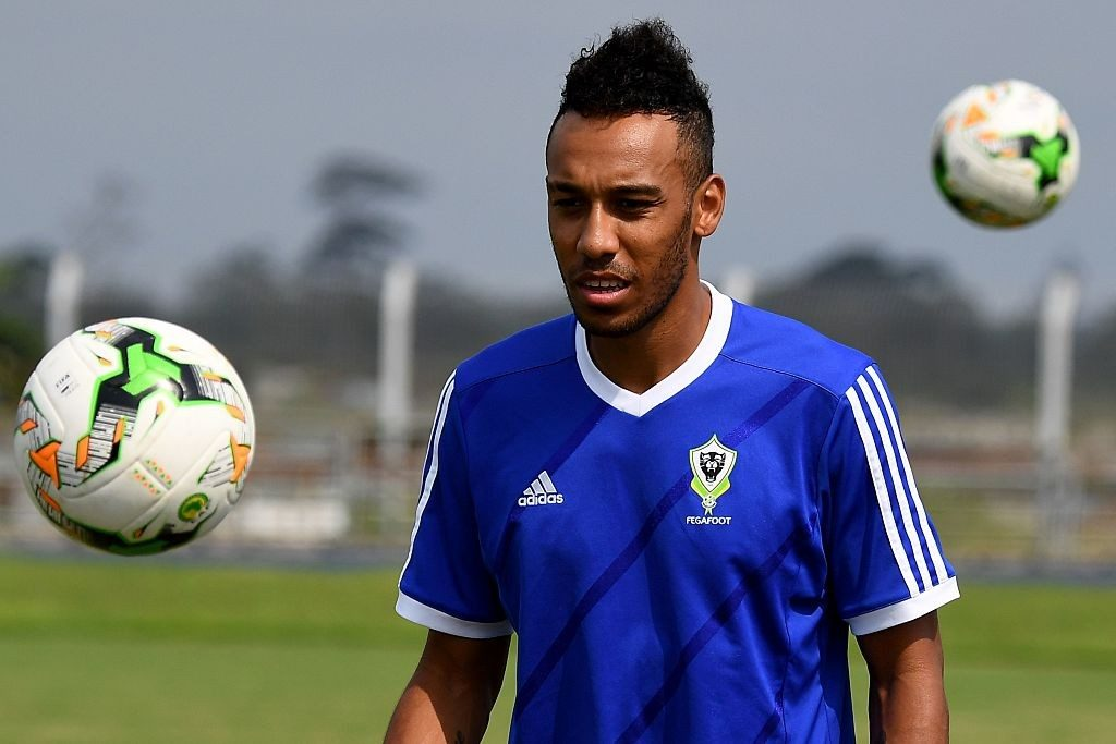 Gabon's forward Pierre-Emerick Aubameyang attends a training session of the Gabon national team in Libreville on January 20, 2017 during the 2017 Africa Cup of Nations football tournament in Gabon. / AFP / GABRIEL BOUYS / Getty Images
