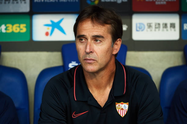 BARCELONA, SPAIN - AUGUST 18: Head Coach Julen Lopetegui of Sevilla FC looks on during the Liga match between RCD Espanyol and Sevilla FC at RCDE Stadium on August 18, 2019 in Barcelona, Spain. (Photo by Alex Caparros/Getty Images)