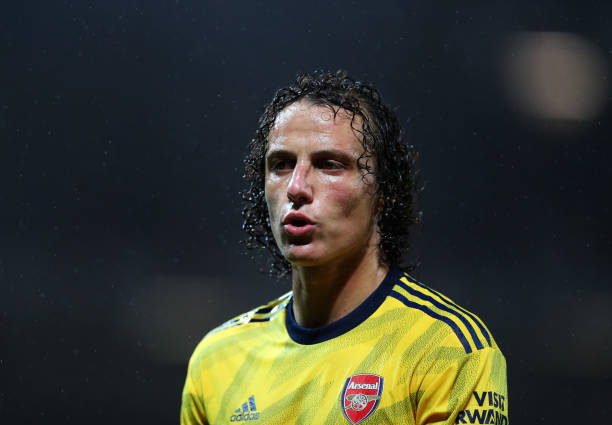 MANCHESTER, ENGLAND - SEPTEMBER 30: David Luiz of Arsenal during the Premier League match between Manchester United and Arsenal FC at Old Trafford on September 30, 2019 in Manchester, United Kingdom. (Photo by Catherine Ivill/Getty Images)
