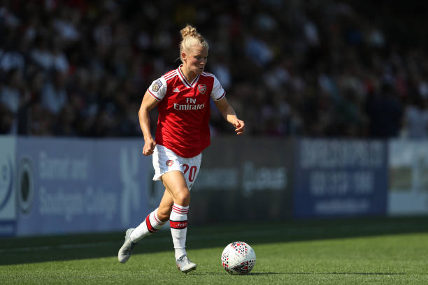 BOREHAMWOOD, ENGLAND - AUGUST 25: Leonie Maier of Arsenal in action during the pre season friendly match between Arsenal Women and Tottenham Hotspur Women at Meadow Park on August 25, 2019 in Borehamwood, England. (Photo by Linnea Rheborg/Getty Images)