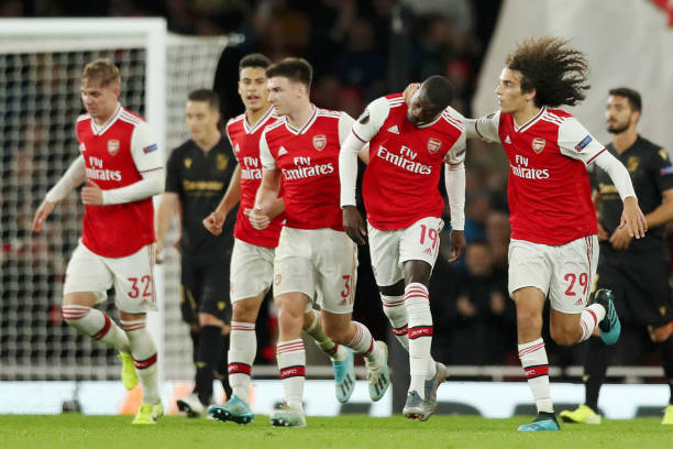 LONDON, ENGLAND - OCTOBER 24: Nicolas Pepe of Arsenal celebrates with team mates after scoring his team's second goal during the UEFA Europa League group F match between Arsenal FC and Vitoria Guimaraes at Emirates Stadium on October 24, 2019 in London, United Kingdom. (Photo by Naomi Baker/Getty Images)