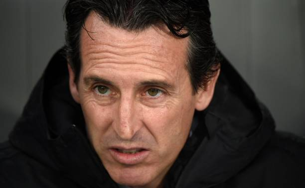 Arsenal's Spanish head coach Unai Emery looks on from the bench during the UEFA Europa League Group F football match between Vitoria Guimaraes SC and Arsenal FC at the Dom Afonso Henriques stadium in Guimaraes on November 6, 2019. (Photo by MIGUEL RIOPA / AFP)
