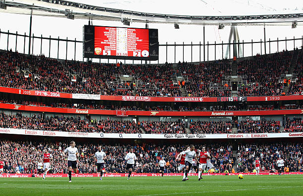 LONDON, ENGLAND - FEBRUARY 26: A general view showing the score on the big screen during the Barclays Premier League match between Arsenal and Tottenham Hotspur at Emirates Stadium on February 26, 2012 in London, England. (Photo by Clive Mason/Getty Images)