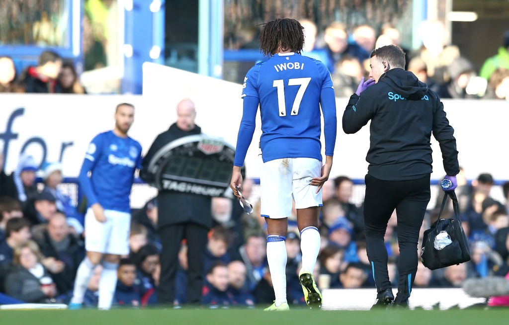 LIVERPOOL, ENGLAND - DECEMBER 21: Alex Iwobi of Everton walks off injured during the Premier League match between Everton FC and Arsenal FC at Goodison Park on December 21, 2019, in Liverpool, United Kingdom. (Photo by Jan Kruger/Getty Images)