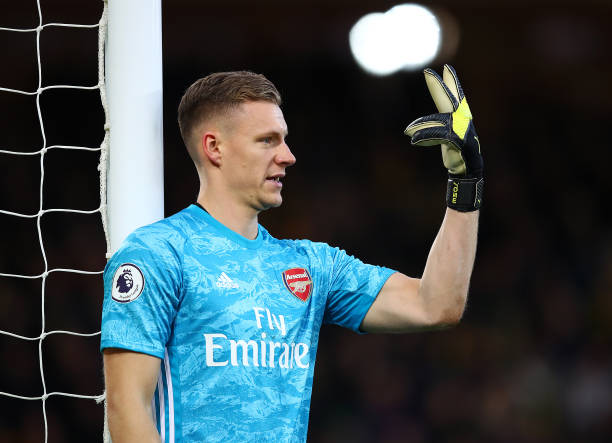 NORWICH, ENGLAND - DECEMBER 01: Bernd Leno of Arsenal gives instructions during the Premier League match between Norwich City and Arsenal FC at Carrow Road on December 01, 2019 in Norwich, United Kingdom. (Photo by Julian Finney/Getty Images)