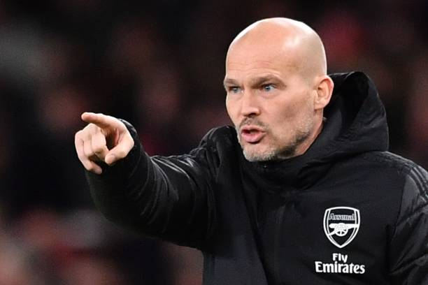 Arsenal's Swedish Interim head coach Freddie Ljungberg gestures on the touchline during the English Premier League football match between Arsenal and Manchester City at the Emirates Stadium in London on December 15, 2019. (Photo by Ben STANSALL / AFP) / RESTRICTED TO EDITORIAL USE. No use with unauthorized audio, video, data, fixture lists, club/league logos or 'live' services. Online in-match use limited to 120 images. An additional 40 images may be used in extra time. No video emulation. Social media in-match use limited to 120 images. An additional 40 images may be used in extra time. No use in betting publications, games or single club/league/player publications. / (Photo by BEN STANSALL/AFP via Getty Images)