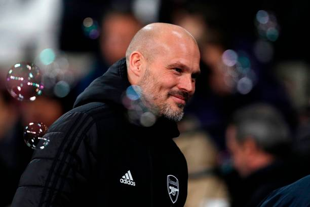 Arsenal's Swedish Interim head coach Freddie Ljungberg reacts ahead of the English Premier League football match between West Ham United and Arsenal at The London Stadium, in east London on December 9, 2019. (Photo by Adrian DENNIS / AFP)