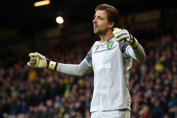 NORWICH, ENGLAND - DECEMBER 01: Tim Krul of Norwich City reacts during the Premier League match between Norwich City and Arsenal FC at Carrow Road on December 01, 2019 in Norwich, United Kingdom. (Photo by Julian Finney/Getty Images)