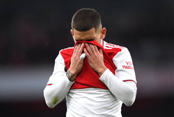 LONDON, ENGLAND - NOVEMBER 23: Lucas Torreira of Arsenal reacts during the Premier League match between Arsenal FC and Southampton FC at Emirates Stadium on November 23, 2019 in London, United Kingdom. (Photo by Shaun Botterill/Getty Images)