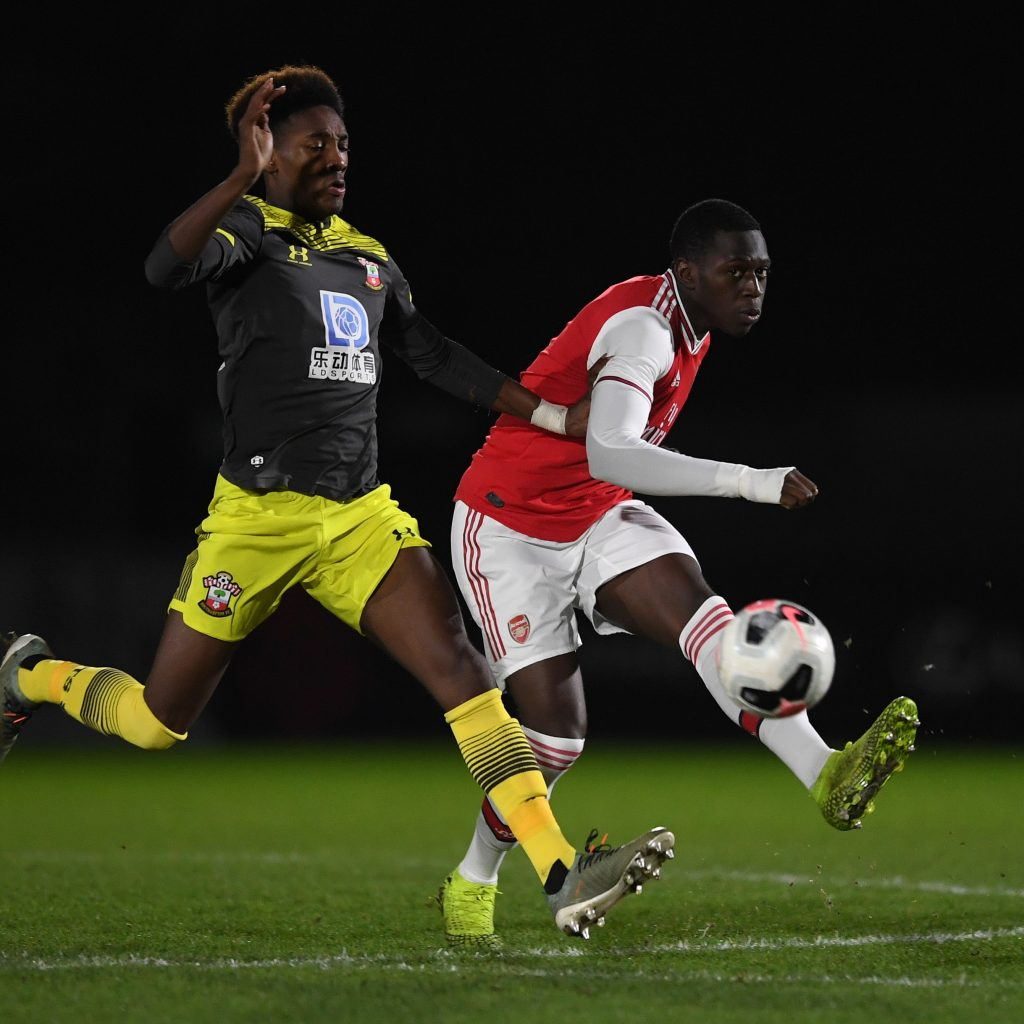 Mazeed Ogungbo playing against Southampton u18s (Photo via Twitter / Arsenal)