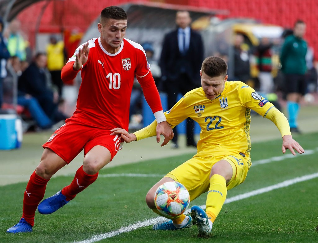BELGRADE, SERBIA - NOVEMBER 17: Dusan Tadic (L) of Serbia in action against Mykola Matviyenko (R) of Ukraine during the UEFA Euro 2020 Qualifier between Serbia and Ukraine on November 17, 2019, in Belgrade, Serbia. (Photo by Srdjan Stevanovic/Getty Images)