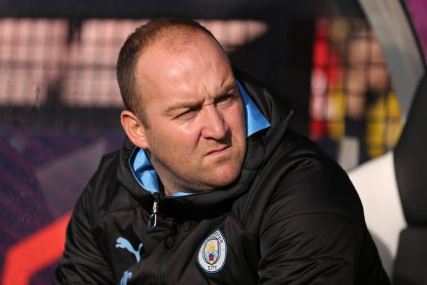 BOREHAMWOOD, ENGLAND - OCTOBER 26: Nick Cushing, Manager of Manchester City looks on ahead of the Barclays FA Women's Super League match between Arsenal and Manchester City at Meadow Park on October 27, 2019 in Borehamwood, United Kingdom. (Photo by Kate McShane/Getty Images)